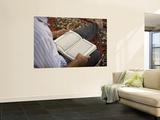 Man Reading Quran  Umayyad Mosque