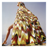 Vogue - January 1965 - Pucci Cover-up Reproduction d'art par Henry Clarke