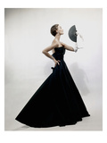 Vogue - November 1949 - Model wearing Christian Dior 1949 Photo premium par Erwin Blumenfeld