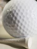 Golf Ball and Golf Tee Papier Photo par Tom Grill