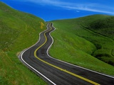 Highway Winding Through Countryside Papier Photo par Charles O'Rear