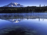 USA  Mount Rainier National Park  Morning View from Reflection Lake