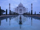 India  Uttar Pradesh  Agra  Taj Mahal  Built by Shah Jahan  Completed 1653 with Reflection in Pond