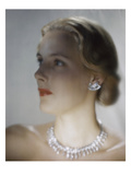 Vogue - October 1946 - Model in Van Cleef & Arpels Diamonds