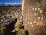 Curvilinear Abstract-Style Petroglyphs and Eastern Sierra Mountains  Bishop  California  Usa