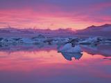 Sunset over the Jokulsarlon Glacier Lagoon  Hofn  Iceland