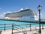 Cruise Terminal in the Royal Naval Dockyard  Bermuda  Central America