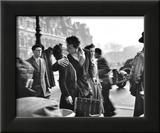 Le baiser de l'Hôtel de ville, Paris, 1950 Reproduction encadrée par Robert Doisneau