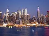 View of Midtown Manhattan across the Hudson River  Manhattan  New York City  New York  United State