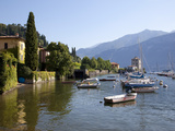 Boat Harbour and Lake Como  Bellagio  Lombardy  Italian Lakes  Italy  Europe