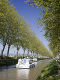 Barges on the Canal Du Midi  UNESCO World Heritage Site  in Spring  Languedoc-Roussillon  France  E