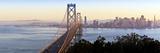 USA, California, San Francisco, City Skyline and Bay Bridge from Treasure Island Papier Photo par Gavin Hellier