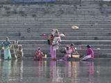 Indian Women Bathing and Washing Clothes  Lake Pichola  Udaipur  India