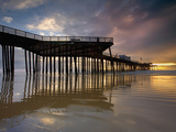 Sunset Behind the Pier at Pismo Beach  Central California  USA