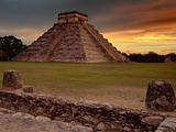 The Kukulcan Pyramid or El Castillo at Chichen Itza  Yucatan  Mexico