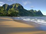 Haena Beach on Kauai  Hawaii  USA Is a Classic Vision of Paradise