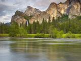 Bridalveil Falls  the Three Brothers  and the Merced River  Yosemite National Park  California  USA