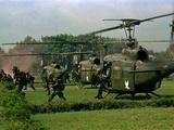 Vietnam War U.S. Paratroopers Papier Photo par Associated Press