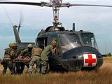 Vietnam War U.S. Helicopter Papier Photo par Associated Press