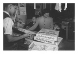 Mrs. Yaeko Nakamura and Family Buying Toys with Fred Moriguchi Reproduction d'art par Ansel Adams