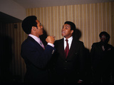 Muhammad Ali with Football Star OJ Simpson  January 1971
