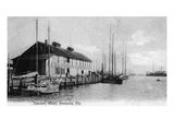 Pensacola  Florida - Saunders Wharf Scene