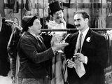 A Night At The Opera  Chico Marx  Sig Rumann  Groucho Marx  1935  Negoitating The Contract