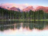 Sunrise Reflections on Sprague Lake  Rocky Mountain National Park  Colorado  USA