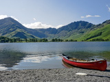 Lake Buttermere with Fleetwith Pike and Haystacks  Lake District National Park  Cumbria  England