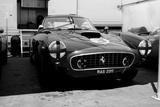 Ferrari in the Pit Tableau sur toile par NaxArt