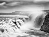Gullfoss Waterfall, Iceland Papier Photo par Nadia Isakova