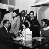 Langston Hughes, Adam C. Powell, Irene Fleming, Jean B. Hudson, Jobe Huntley - 1959 Papier Photo par G. Marshall Wilson