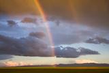A Double Rainbow in the Sky over the Gobi Papier Photo par Jonathan Irish