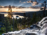 Sunrise Reflecting Off the Waters of Emerald Bay and Eagle Falls, South Lake Tahoe, Ca Papier Photo par Brad Beck