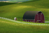 Red Barn and Manicured Fields in Moscow  Latah County  Idaho  USA