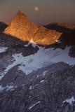 Sawtooth Peak  Moonrise  Sequoia and Kings Canyon National Park  California  USA