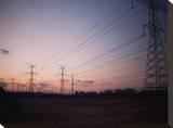 Electrical Towers in the Winter Dusk Tableau sur toile par Byron Yu