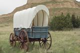 Covered Wagon Replica on the Oregon Trail  Scotts Bluff National Monument  Nebraska