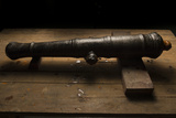 A 17th Century Cannon Found on a Shipwreck in Panama