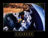 Courage: Hang Glider