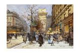 Figures on Le Boulevard St Denis at Twilight