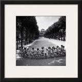Children in the Palais-Royal Garden  c1950