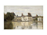 Fontainebleau - View of the Chateau and Lake