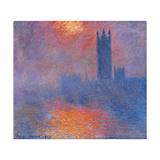 London Houses of Parliament The Sun Shining Through the Fog
