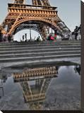 Rain Puddle Reflections Paris Tableau sur toile par AJ Messier