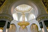 Large Chandelier in Sheikh Zayed Grand Mosque  Abu Dhabi  UAE