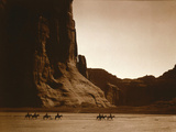 Navajos, Canyon De Chelly, c.1904 Papier Photo par Edward S. Curtis