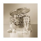 Vintage Glamour Jewelry Box