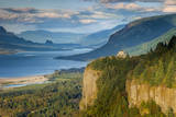Overlooking the Vista House and the Columbia River Gorge  Oregon  USA
