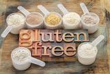Measuring Scoops of Gluten Free Flours Papier Photo par PixelsAway